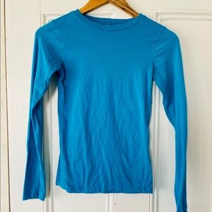 Color Story Women's Small Long Sleeve Top